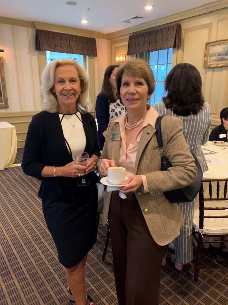 Kelly Morris & Janet Knipfing